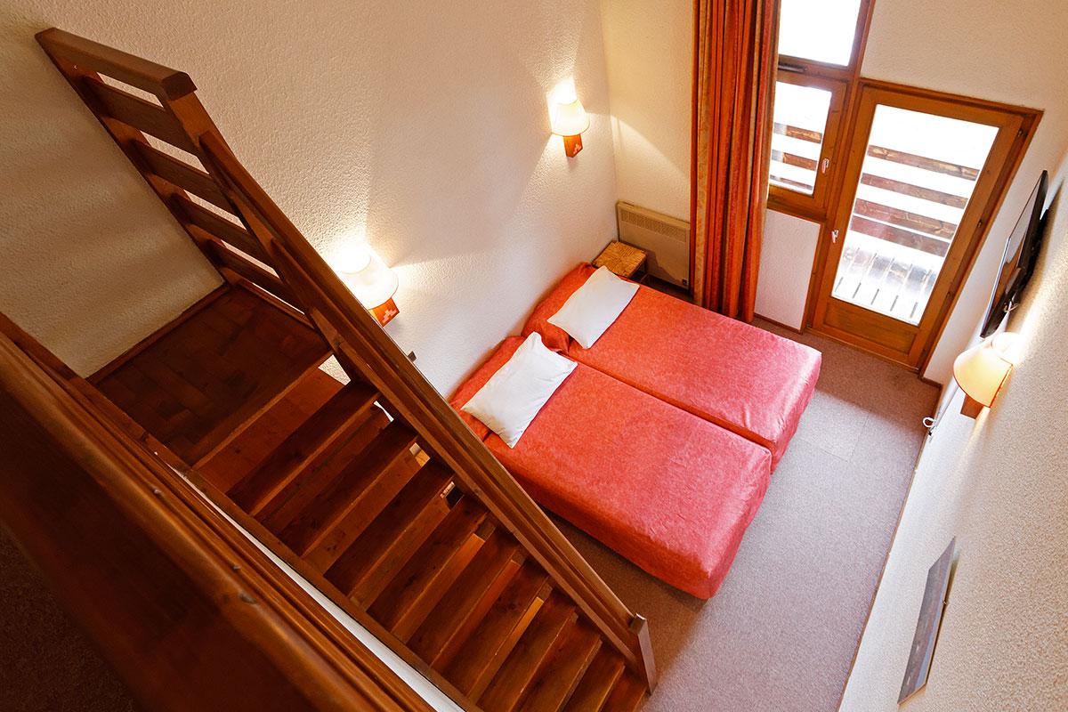 Chambre familiale hotel club le risoux for Reserver chambre hotel